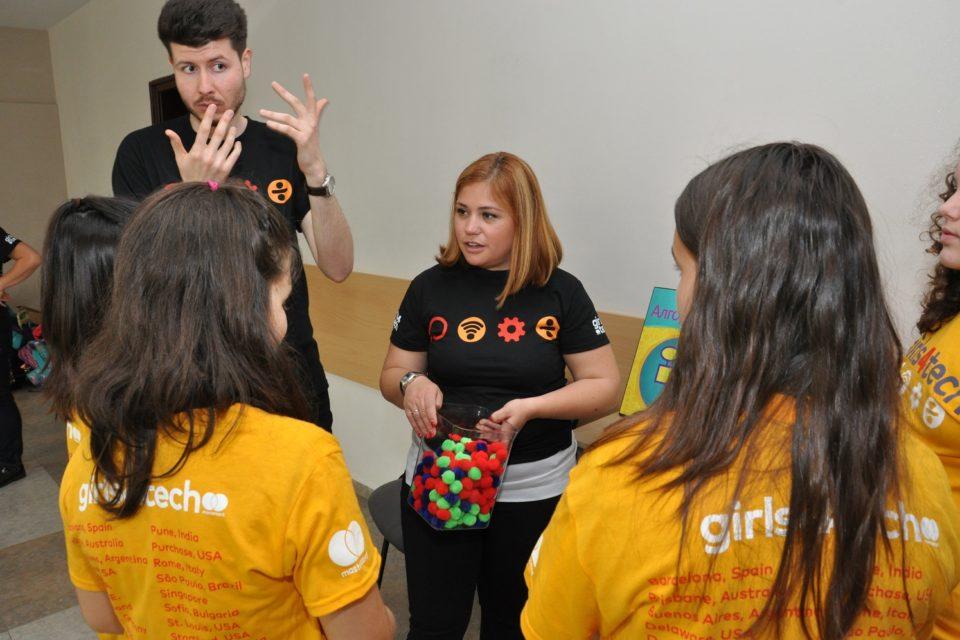 Mastercard вдъхновява български момичета за кариера в науката и технологиите