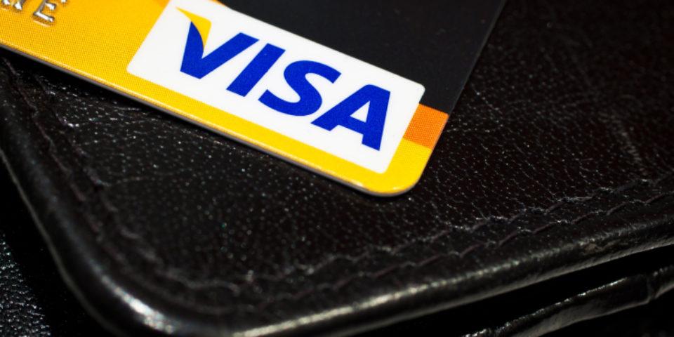 Visa потвърди, че Coinbase не е виновна за многократното таксуване на потребителите