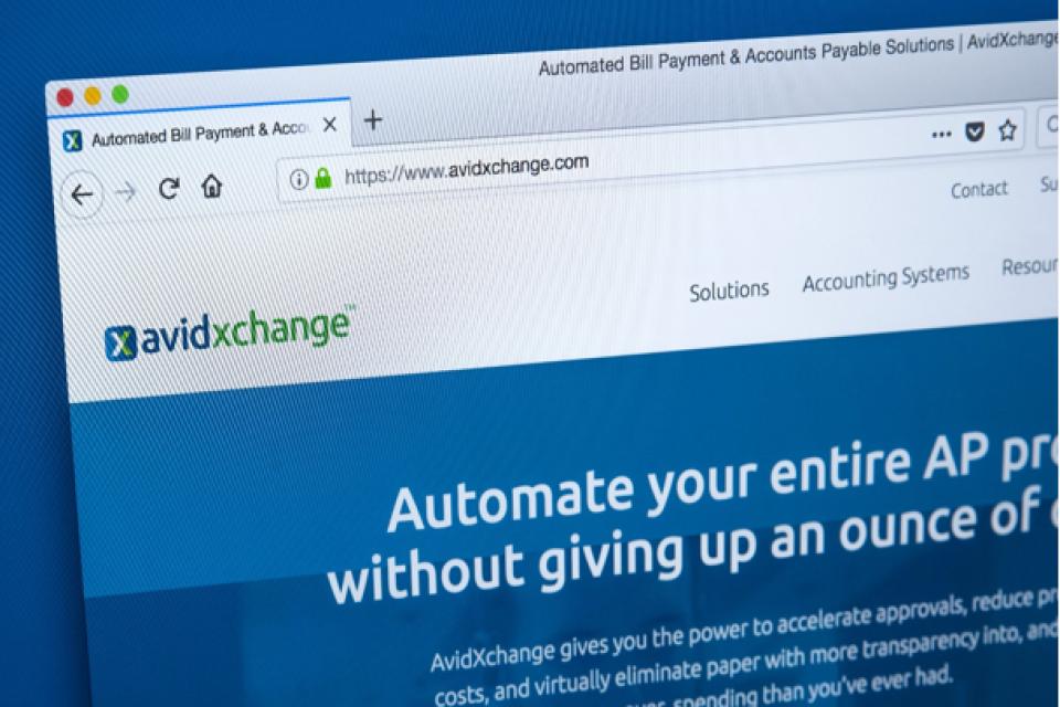 Как FinTech компаниите насърчават фирмите  да използват електронни  разплащания